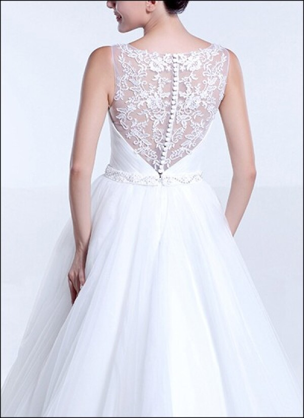 Wedding dress made of tulle with top look back | Lafanta | Abend- und Brautmode