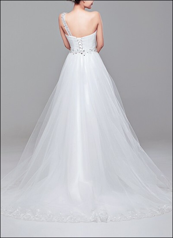 One-shoulder wedding dress with tulle skirt | Lafanta | Abend- und Brautmode