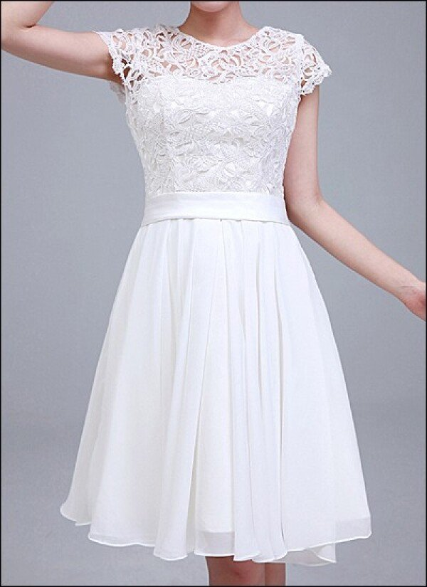 Knee length wedding dress with lace sleeves | Lafanta | Abend- und Brautmode