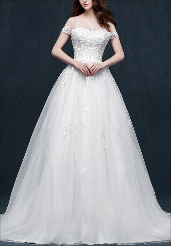 Wedding dress a-line with bodice and lace | Lafanta | Braut- und Abendmode