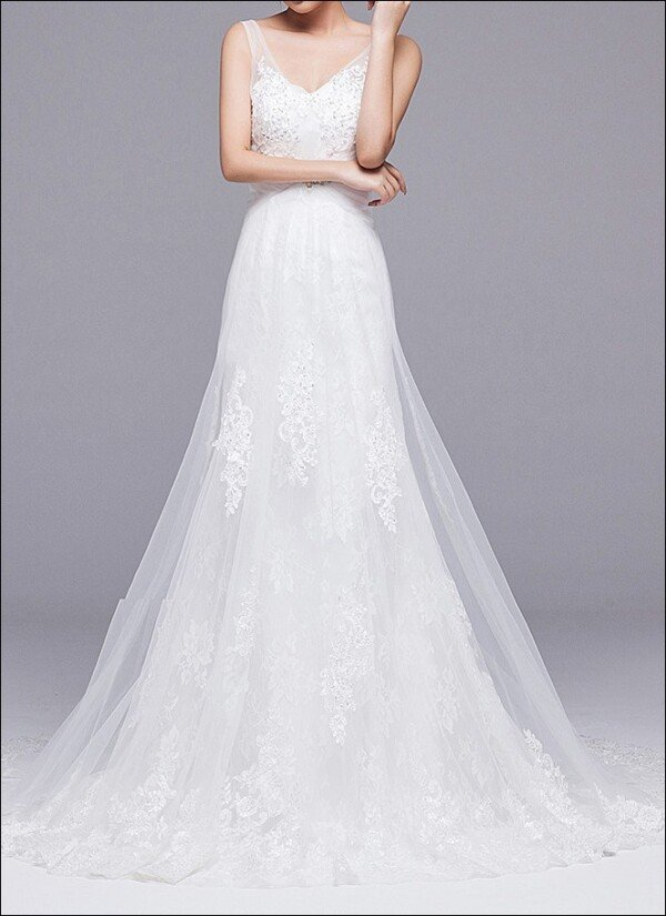 A-line wedding dress with straps and train | Lafanta | Abend- und Brautmode