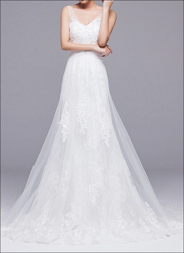 A-line wedding dress with straps and train | Lafanta | Braut- und Abendmode