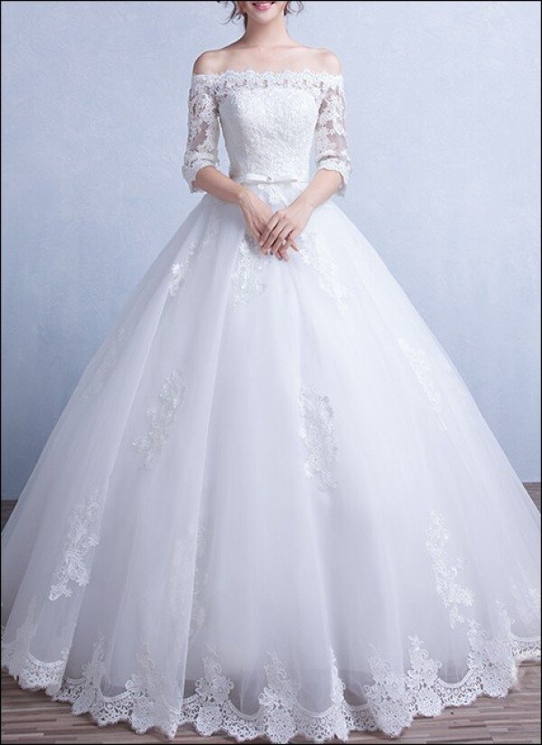 Princess wedding dress lace with sleeves  | Lafanta | Abend- und Brautmode