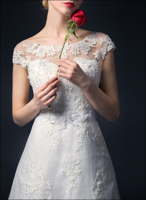 Wedding dress a-line with lace and sleeves | Lafanta | Abend- und Brautmode