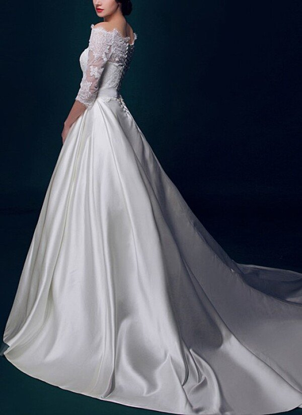 Princess wedding dress with satin skirt and train | Lafanta | Abend- und Brautmode