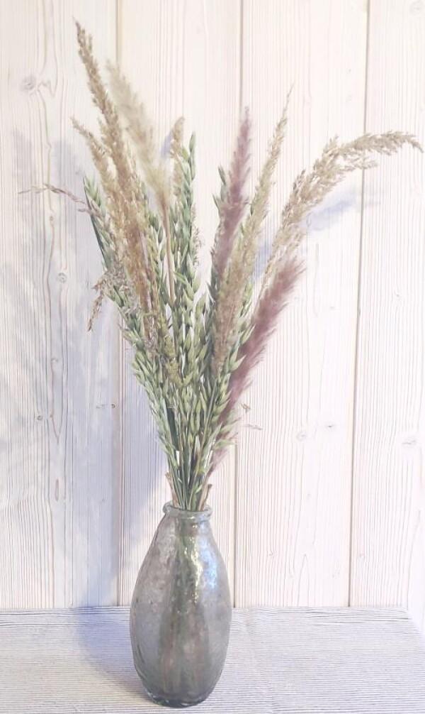 GreenGate Vase antique mit Trockenblumen Strauss Gräsern   Calluna Cottage