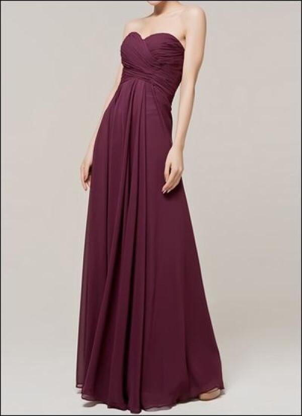 Bodenlanges Abendkleid Mit Raffung In Der Farbe Traube Von Lafanta