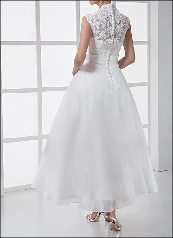 Spitzen Brautkleid Im 50er Jahre Stil Von Lafanta Abend Und Brautmode