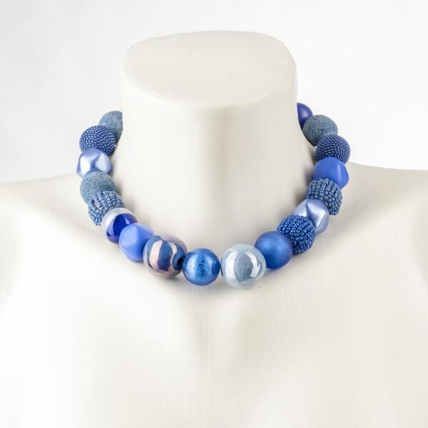 Kurze Perlenkette Bollywood Dunkelblau aus edlem Materialmix | Perlenmarkt