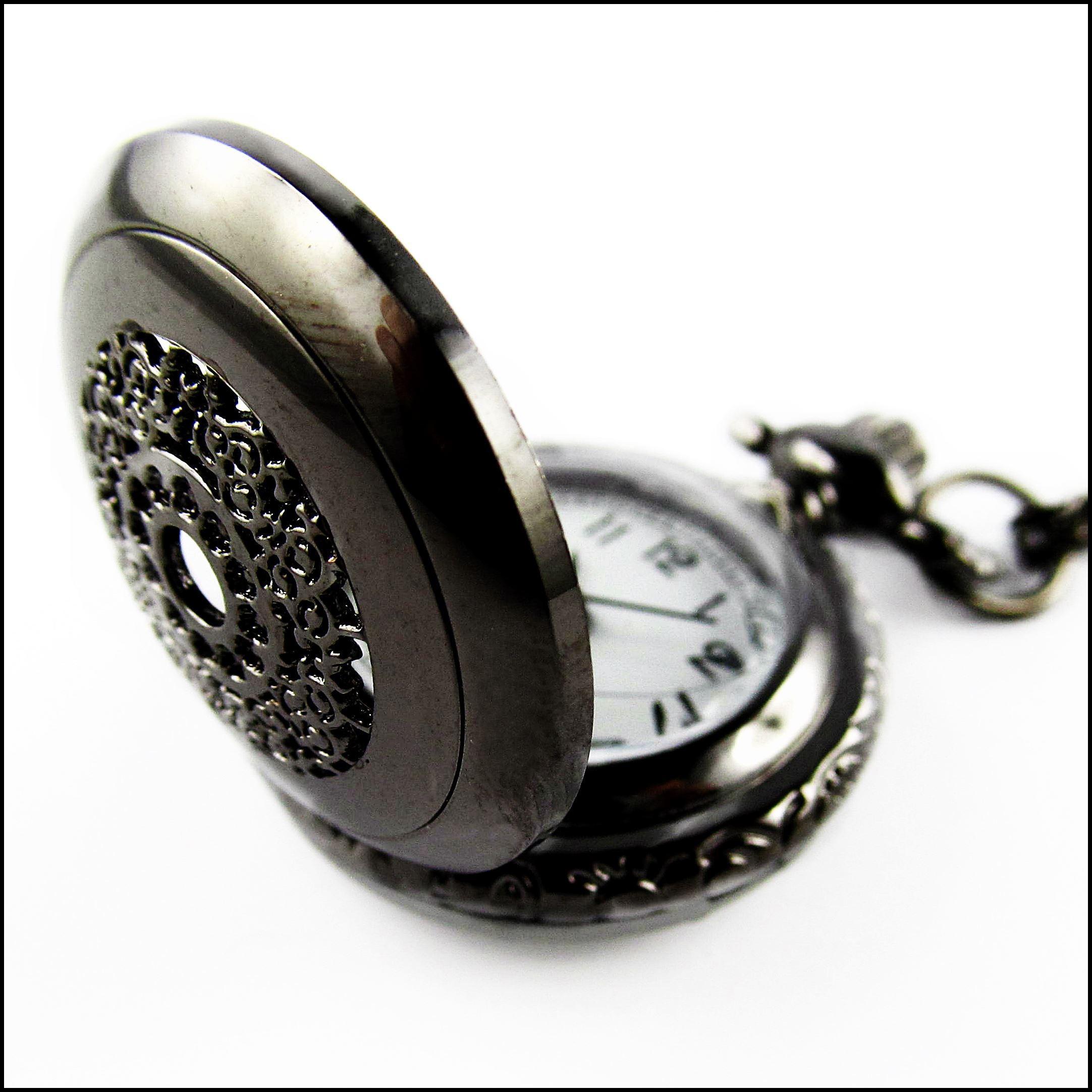 Black Beauty - Vintage Kettenuhr schwarz metallic